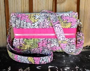 Gather Me Up Clutch pattern - gorgeous!!! <3