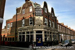 The Krays (1990) Here in #Hackney is where the Kray twins have a hair raising standoff with rival gang members.