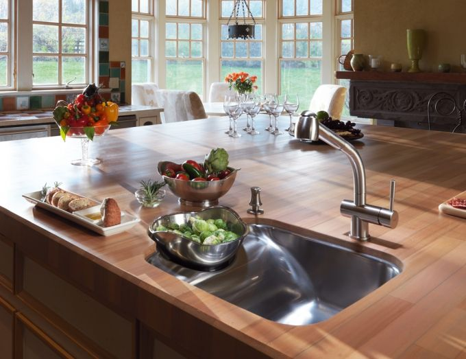 Franke Beach sink (BBX160) with accessory bowls. Cutting board and grid also available.