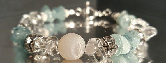 Bracelet, chips de pierres semi precieuses, quartz, aquamarine, agate drusique, chic, elegant, zen, blanc, vert, mer