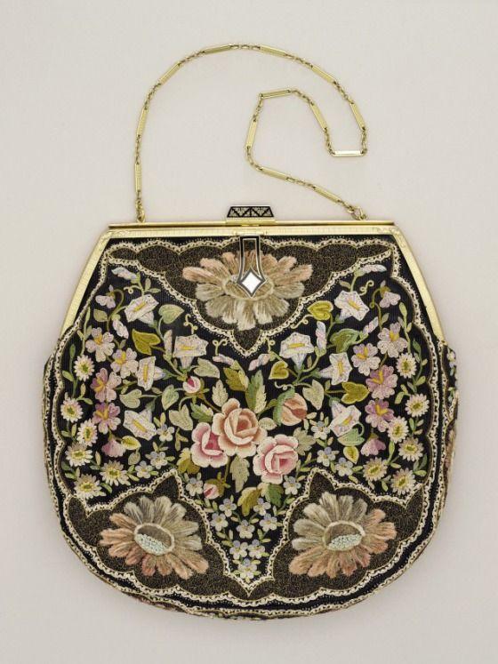 Woman's Handbag with Coin Purse. France, circa 1930s   LACMA Collections