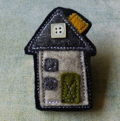 Felt Brooch no.4 House Series - by eclecticmoi on madeit