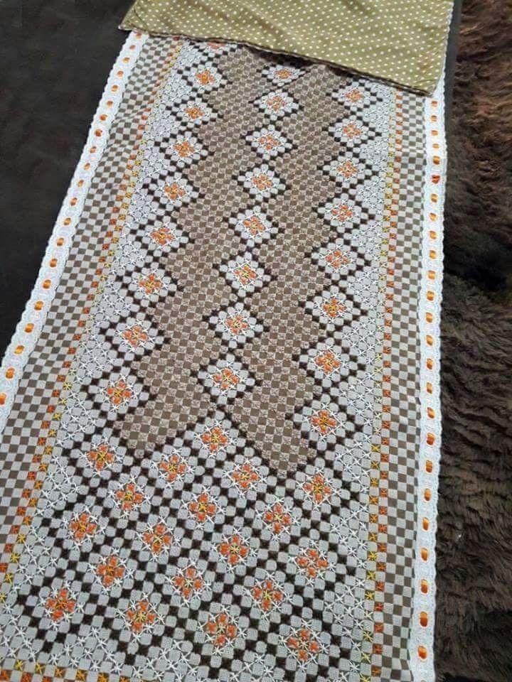 5ebf92e04a71aa Resultado de imagen para bordado em tecido xadrez   bordado ...