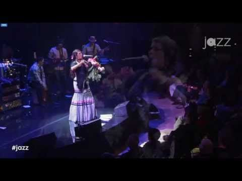 Lila Downs Jazz at Lincoln Center (completo) 11-Oct-14 - YouTube