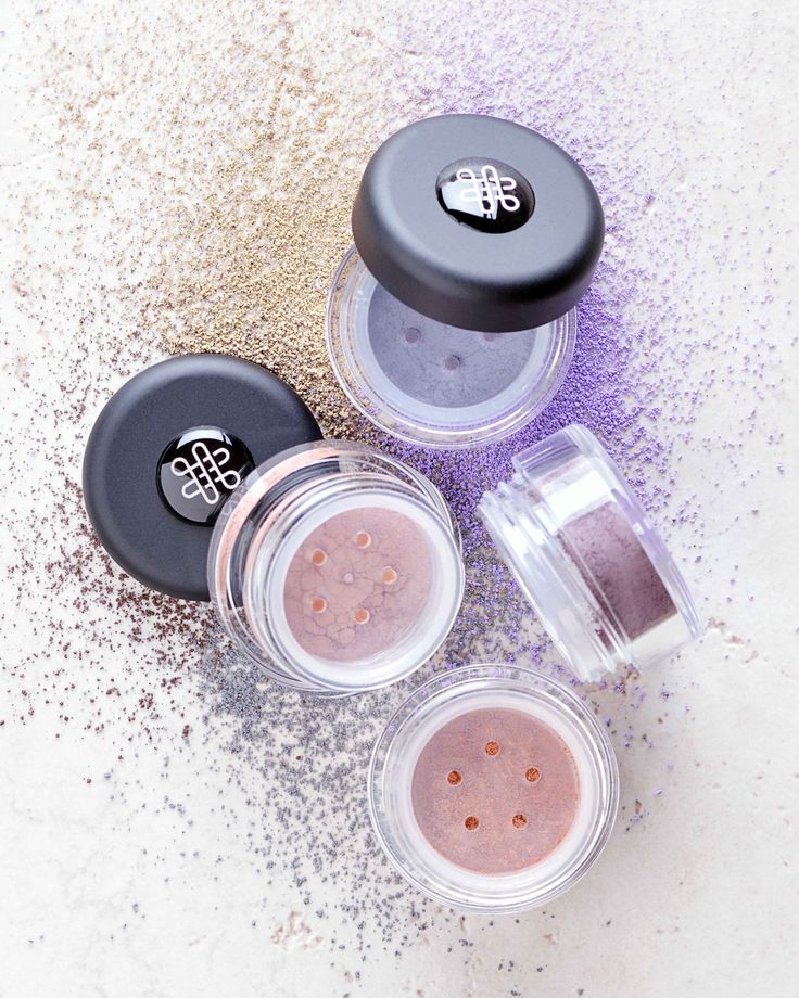 Matte, without mica, without titanium dioxide . . . no carmine, talc, nanoparticles, tin oxide, chromium greens, and so much more,these options impart matte