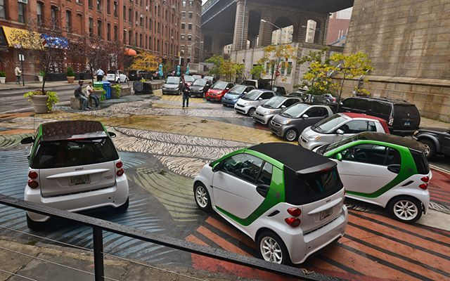 Smart Weekend!! #smart #smartfortwo #smart451 #weekend #friday #saturday #sunday #cars #green #white #electric #city #usa #us