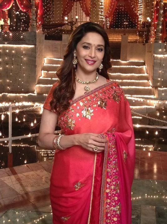 Madhuri Dixit Cute Saree Stills - Tollywood Stars