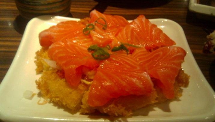 #Pizza #Sushi, Toronto   http://911resto.ca/