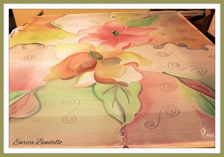 Una nuova armonia, il primo esperimento di pittura su seta.