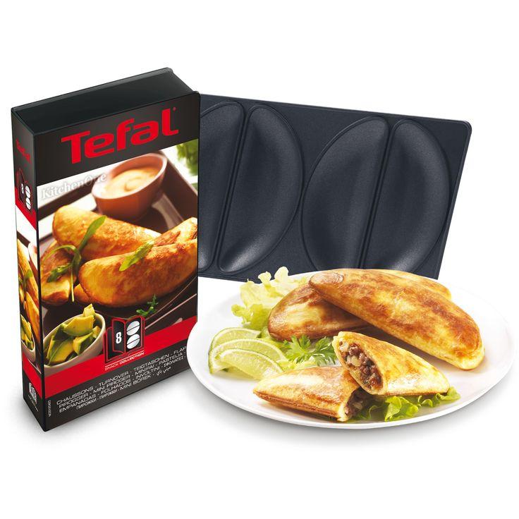 Snack Collection plader: Mini pirogger (8), 149 kr. Fås bl.a. i Kvickly og Bilka