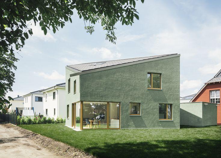 Gallery of Haus P / Project Architecture Company + Miriam Poch Architektin - 1