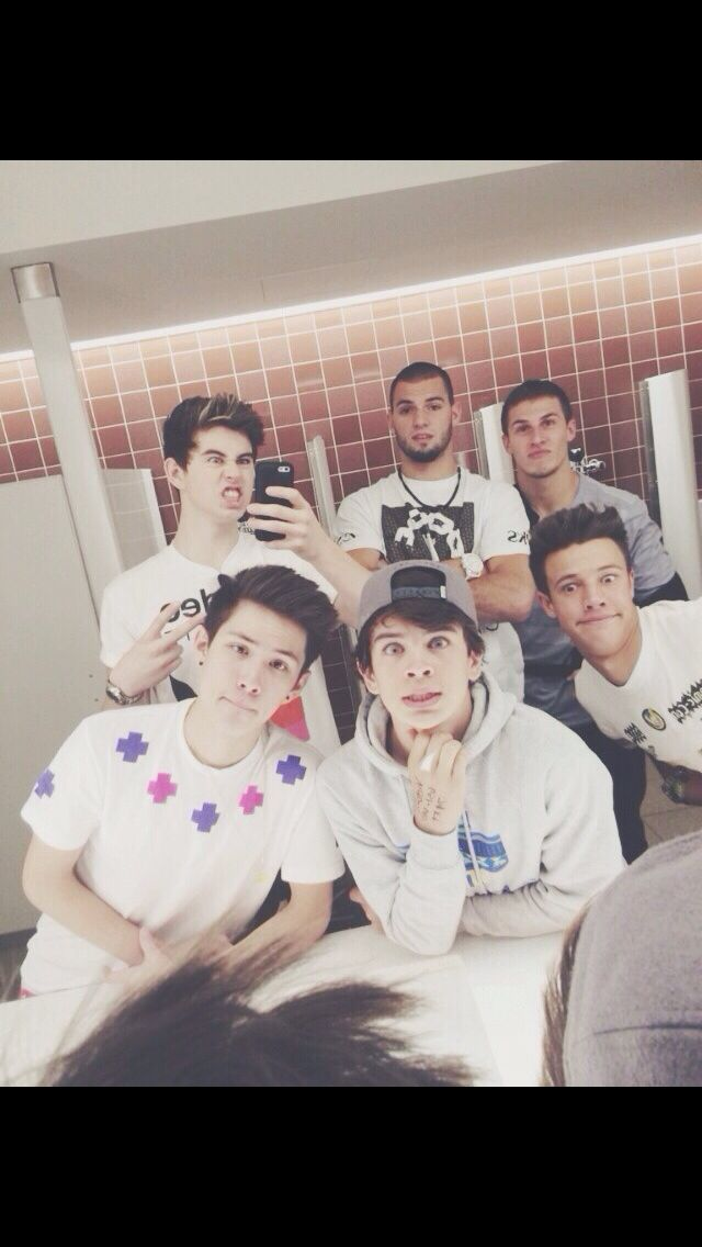Nash Hayes and will Grier Carter Reynolds and Cameron Dallas