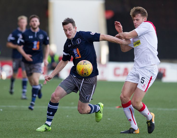 Queen's Park's David Galt in action during the SPFL League One game between Airdrieonians and Queen's Park.