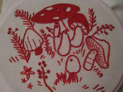 embroideryEmbroidery Needlework, Mushrooms Embroidery, Embroidery Mushroooms, Crafts Embroidery, Stitches Mushrooms, Embroidery Hoop, Redwork Mushrooms, Fungi Redwork, Red Work