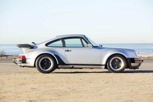 kahzu:  1987Porsche 911 Turbo