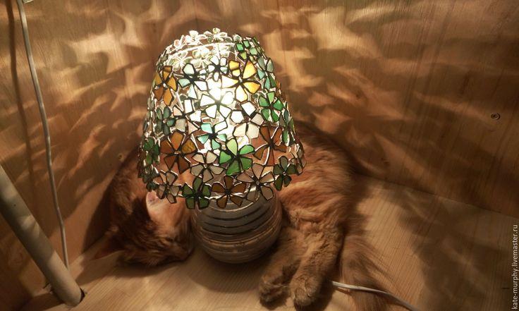 """Купить Небольшая лампа Тиффани из морского стекла """"Цветы"""" - комбинированный, лампа морское стекло"""