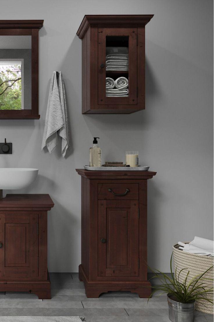 In Den Fachern Eines Badschrankes Bringen Sie Spielend All Jenes Unter Was Sie Im Waschraum Benotigen Der Untersch In 2020 Badschrank Unterschrank Spiegel Mit Ablage