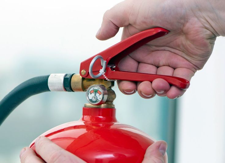 The recommended extinguisher for the home is a 2-1/2 pound Class ABC multipurpose dry chemical extinguisher.