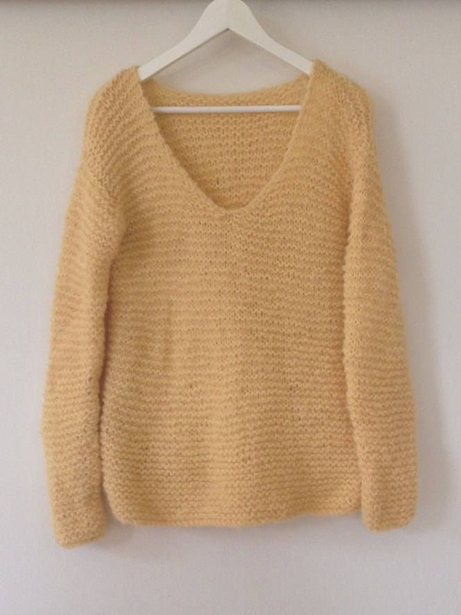 Sweater - made to order in size: S -   M - L from Frustrik, Denmark - hand knitted from alpaca and baby merino