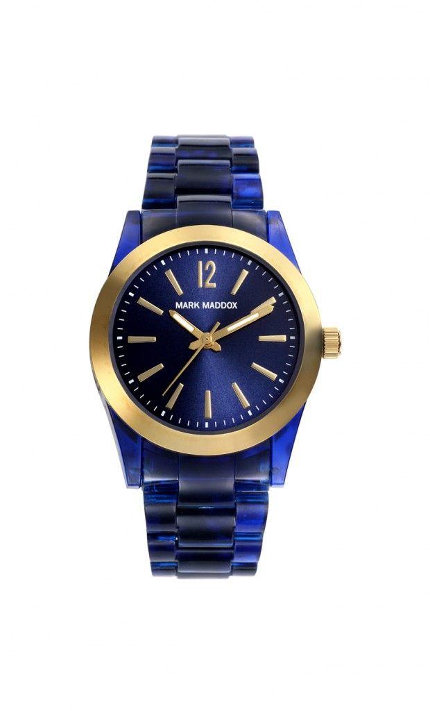 Un diseño exquisito para mujeres con estilo, tu lo eres???  Reloj tres agujas brazalete con cierre desplegable. Caja con acabado IP Dorado y pulsera color azul. Cristal mineral e impermeable 50 m (5 ATM)