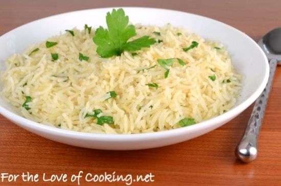 Garlic Rice #recipe ~ Saute 4 cloves minced garlic in 1 tsp butter & 1 tsp olive oil. Stir in 3/4 cup raw jasmine rice, then add 1 1/2 cups chicken broth, plus salt & pepper to taste.  Garnish with chopped parsley before serving.   . . . .   ღTrish W ~ http://www.pinterest.com/trishw/  . . . .