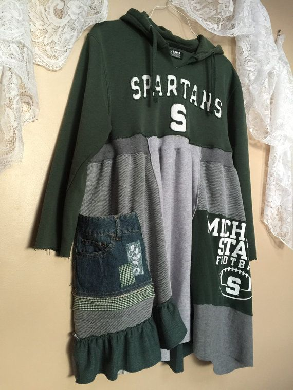 Upcycled MSU Game Day Sweatshirt chaud par SimplyCathrineAnn