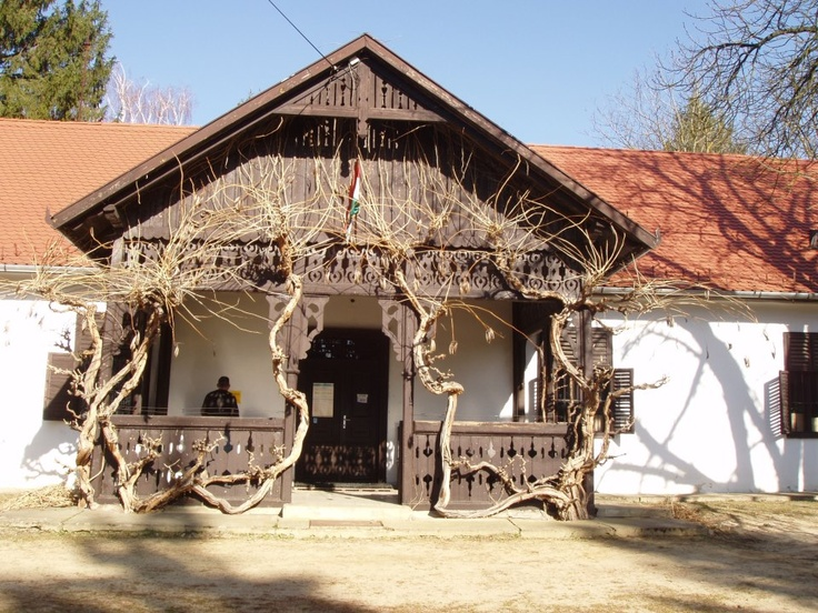 Nikla, Hungary Berzsenyi Kúria photo: Trifonovné Karajz Borbála