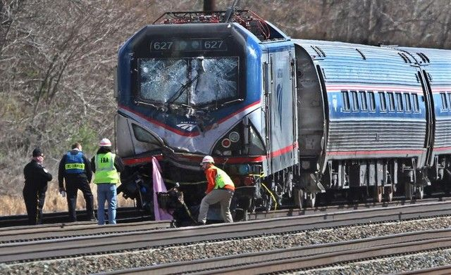 Γαλλία: Δέκα βαριά τραυματίες από εκτροχιασμό τρένου