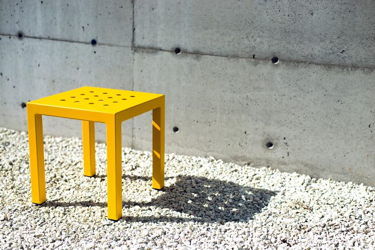 Frame Square presented in yellow.