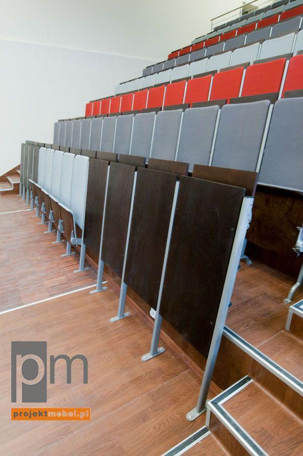 Fotel audytoryjny, panele frontowy, http://www.projektmebel.pl/realizacje/politechnika-lodzka