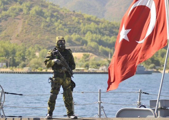 Turkish Special Forces - Turkish Navy SAS (EOD) during an #CBRN exercise in Aksaz base in 2014