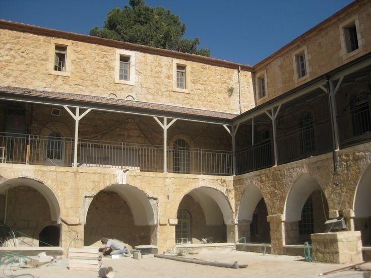 www.e-architect.co.uk images jpgs israel hansen-compound-jerusalem-a100513-aw2.jpg