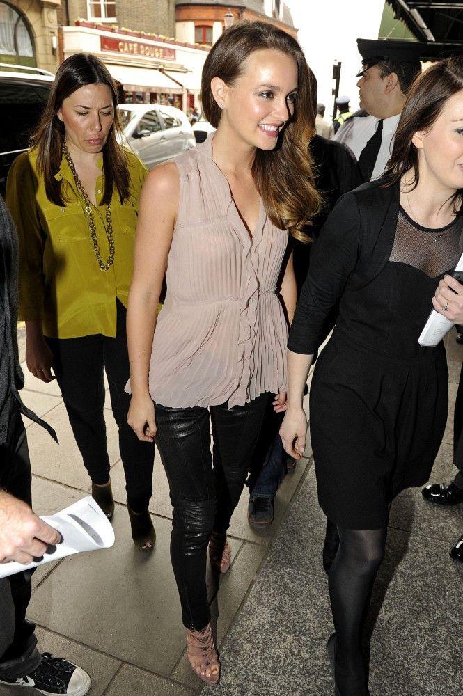 Leighton Meester - Leighton Meester Arrives at Harrods in London