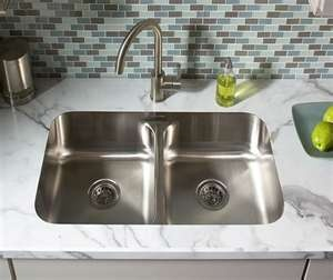 This undermount sink makes your laminate top look like real stone.