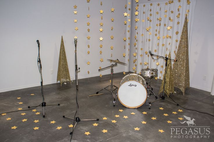 The set containing 300 glittery gold stars on the set of the music video for Tweed's Sing Me To Sleep song.