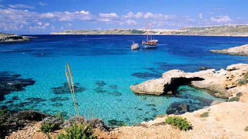 Malta Island. quite the hidden little gem <3: Planets, Bluelagoon, Teh Mornings, Beautiful Places, Blue Lagoon, Places I D, Favorite Places Malta, Malta Guide, March