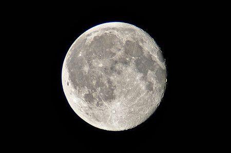 Cómo utilizar la luz de luna llena en fotografía nocturna