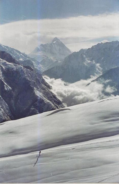 Skiing, Auli in the Himalaya Mountains (Nanda Devi Peak in the background, 7817m), India  | Vinod G. via Lonely Planet