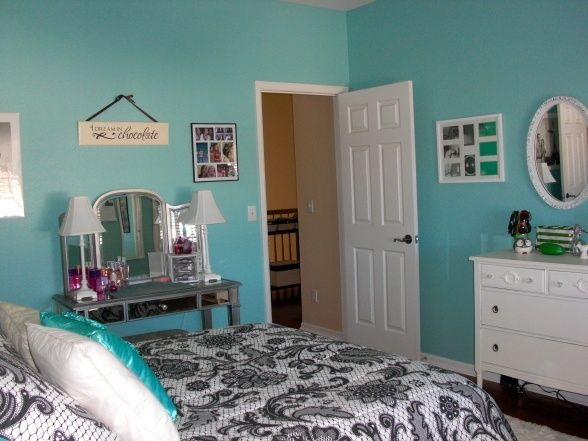 aqua color bedroom sherwin williams raindrop paint color aquamarine 10089