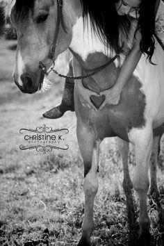 senior picture ideas with horses