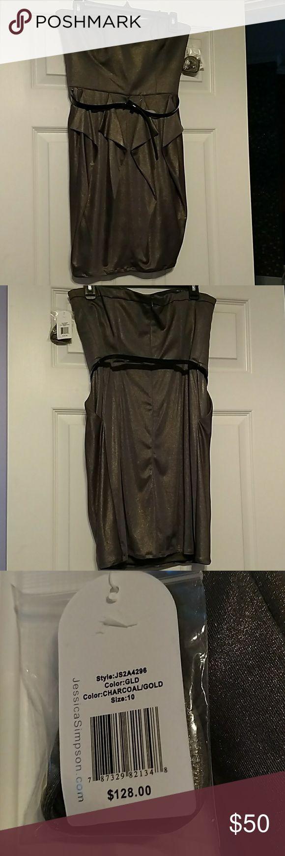 Jessica Simpson Strapless Dress NWT Silver Jessica Simpson dress with attachable straps. Dress has pockets! Jessica Simpson Dresses Mini