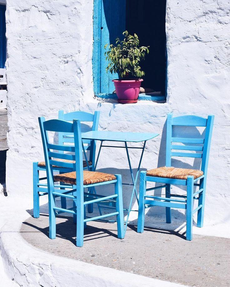 My life in Blue and White   #Sxoinoussa #SmallCyclades . .  #picoftheday #instagramers #instagramhub #vsco #discovergreece #ig_greece #wu_greece #vscocam #welovegreece #lifewelltravelled #aegean #FromWhereIStand #JustBackFrom #mykonos #FollowMeTo #cyclades #IPulledOverForThis #greecestagram #likeforlike #followforfollow #infinitypool #OnTheRoofs #FlyingTraveler  #love #coolartisan