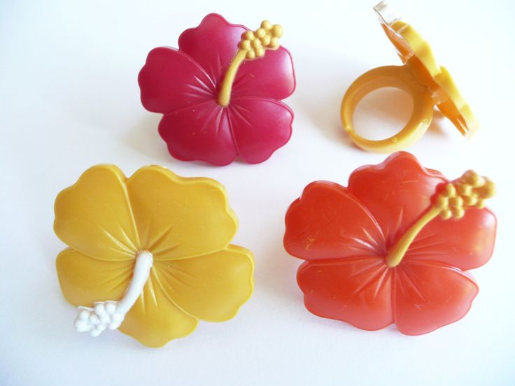 24 Hibiscus Cupcake Rings Luau Party Cake Toppers Decorations by CakeAndCandyDreams on Etsy https://www.etsy.com/listing/197555721/24-hibiscus-cupcake-rings-luau-party