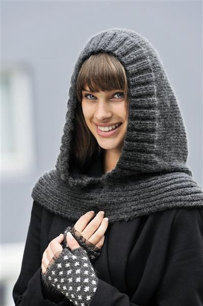 Knit Dreams from MitiMota — fuckyeahknittingbabes: Nr 16 Hette by... | Crochet hooded scarf, Knitting, Crochet clothes
