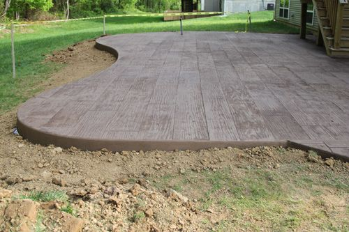 stamped concrete patio (wood stamp) with a nice organic shape: Concrete That Looks Like Wood, Hardwood Stamps Concrete, Concrete Patios, Wood Pattern, Woodstamp Concrete, Patios Ideas, Stamped Concrete, Backyards Cement Patios, Concrete Wood Gardens