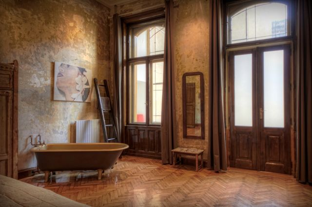 Tinei Room at Brody House in Budapest - the world's sexiest room?