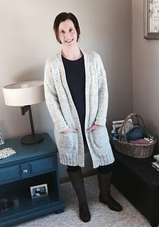 The coziest sweater pattern this fall! Long or short, you control the length. Knit in Patons Classic Wool Worsted, you'll stay toasty warm all winter long.