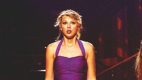 """When u realize ur dating Tom Hiddleston and if u break his heart, u will die"""