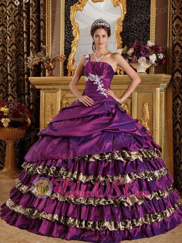 85 best Sweet 15 dresses images on Pinterest | Ball gown dresses ...