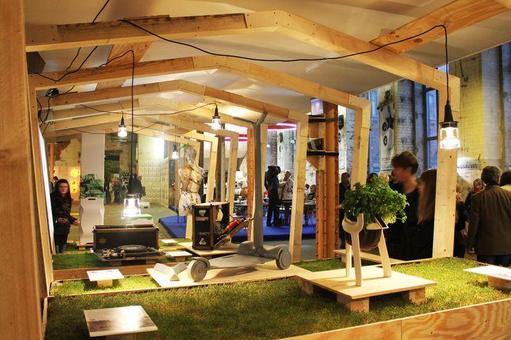 17 best xl urban street furniture berlin images on pinterest architecture interior design. Black Bedroom Furniture Sets. Home Design Ideas